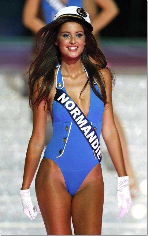malika-menard-miss-france maillot