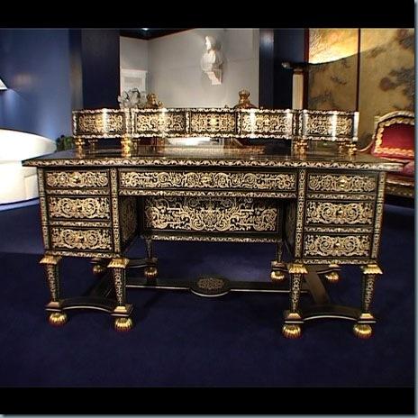 Meuble versace meuble versace et accessoires de la marque for Salle a manger versace