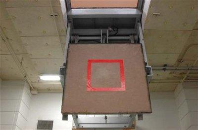 pendaison carré rouge